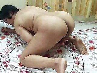 #NaziaPathan Big ass Desi bhabhi masturbating relative to front of camera - Part 1/2