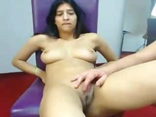Desi indian housewife showing pussy